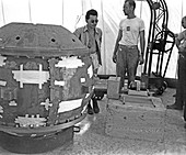 Slotin with the Trinity atom bomb,1945