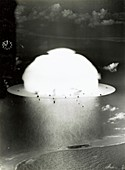 Operation Crossroads atom bomb test,1946