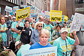 Rally to support coal burning limits