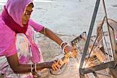 Women welding joints