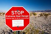 An extreme heat danger sign
