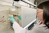 Pyrolyser analysis