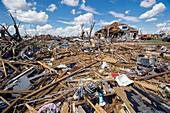 Tornado aftermath,Kansas,USA