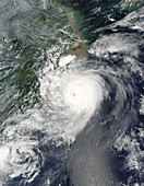 Typhoon Saomai,satellite image