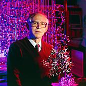Sir Aaron Klug,molecular biochemist