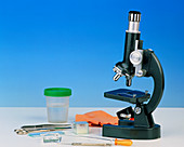 An optical (light) microscope with equipment
