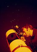 Amateur astronomer & Newtonian reflector telescope