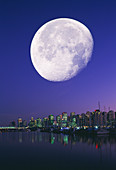 Gibbous Moon over Vancouver