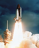 Launch of shuttle STS-31,carrying space telescope