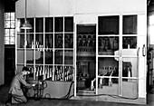 Room ventilation experiment,1923