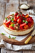 Ricotta-Cheesecake mit Tomaten