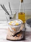 Cashew-Vanille-Quark mit Mandarine