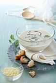 Milk soup with cheese and croutons