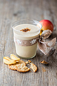 Baked apple gingerbread smoothie