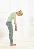 Stretch-Übung mit Abrollen