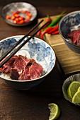 Vietnamesische Rindfleischsuppe mit Anis und Zimt (Zutaten)