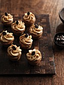 Small coffee and walnut cupcakes with banana