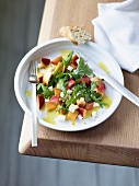 Nectarines with rocket and goat's cheese