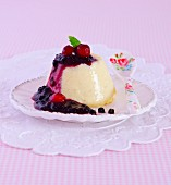 Vanilla flan with berry compote