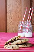 Pistazien-Cookies mit dunkler Schokolade