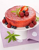 Cold berry cake