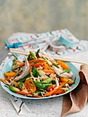 Wild rice salad with chicken and vegetables (Asia)