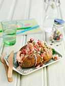 Quick jacket potato with prawns