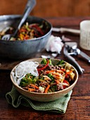 Beef chow mein with vegetables (China)