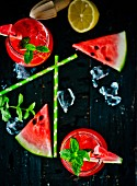 Watermelon lemonade with melon slices