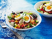 Bacon and egg salad bowl
