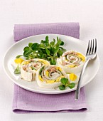 Mozzarella rolls with egg and tuna fish