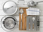 Kitchen utensils for making Dampfnudeln (steamed, sweet yeast dumplings)