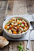 Bean stew with tomatoes and carrots
