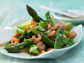 Stir-fried green asparagus with northern prawns