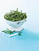 Grüne Bohnen im Küchensieb