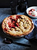 Rhubarb, brown sugar and fennel pie