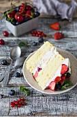 Sponge cake with mascarpone and vanilla cream and fresh berries