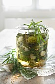 Gherkins with tarragon and dill