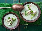 Kräuter-Kartoffelsuppe mit Forellenfilet