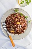 Red quinoa salad with mango