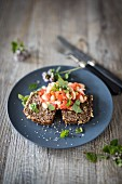 Multi-grain bread with haricot beans and tomatoes