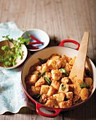 Spicy potato & tamarind curry