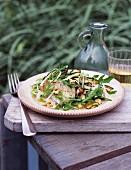 Fenchel-Salat mit Pinienkernen und Rucola