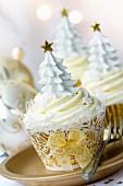 Festliche Cupcakes für Weihnachten