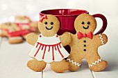 Gingerbread man and woman in red and white