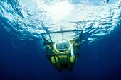 Deep-diving Mini-Sub
