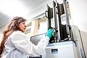 Drug sample testing