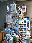 Intensive care unit drugs stand