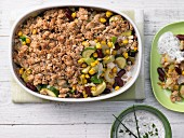 Colourful gratinated vegetables with wholemeal crumble