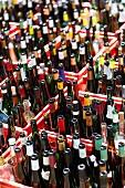 In Kisten gesammelte leere Flaschen fürs Altglas-Recycling